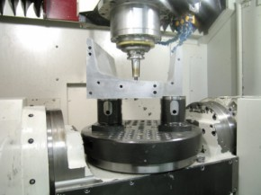 Effects of Five-Axis Automated Machining on Tooling | BIG KAISER